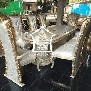 Meja-makan-1-set-kursi