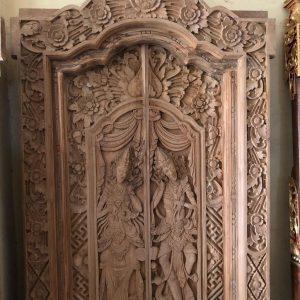 gebyok-bali-motif-relief-pewayangan